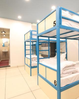 Blue Beds Hostel