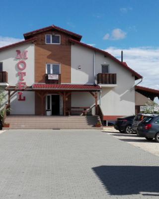 M0 Motel Taksony