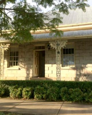 Surgeon's Cottage