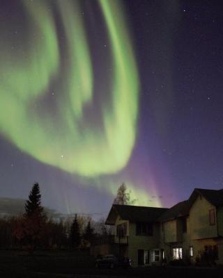 Aurora & Denali View Apartment