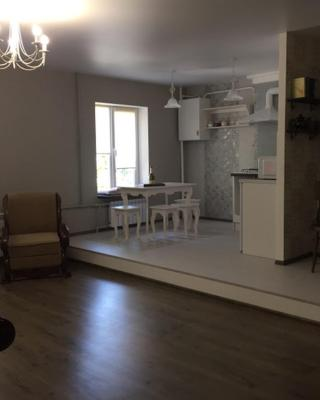 Apartment in Mariupol - Library stile