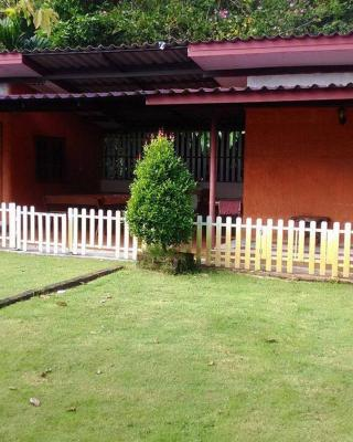 Phapueng Country Home