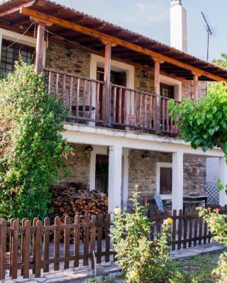 Idomeneas Traditional House