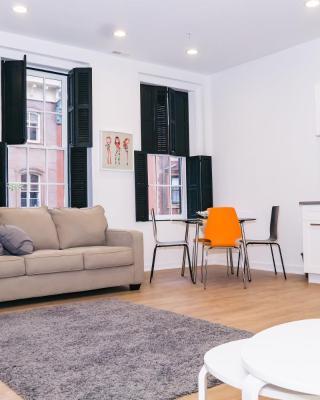 1726 Spruce Street Apartment
