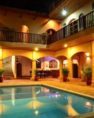 Casa Lucia Boutique Suites