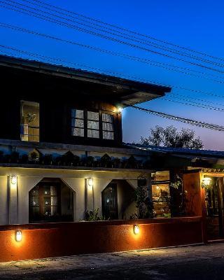 Granny Tea House Phrao Chiang Mai