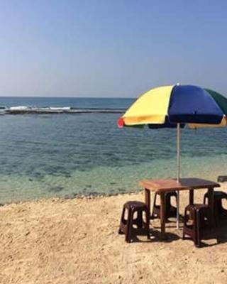 Sunset Surfing Beach Resort