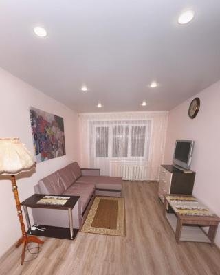Apartment on Zhukova 25