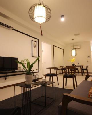 Landmark 3BR Oriental Seaview Suite