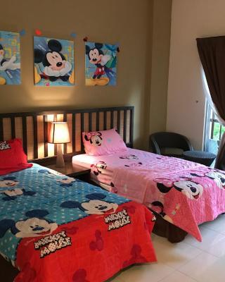 Gold Coast Morib Mickey House