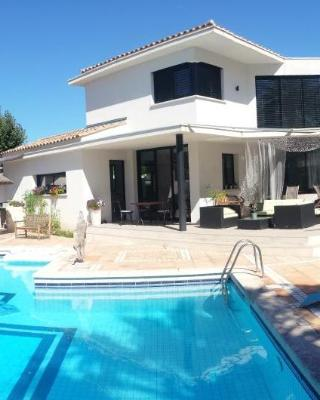 Villa De La Garriguette