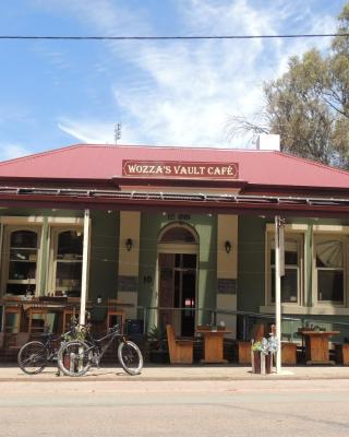 Wozza's B&B and Vault Cafe