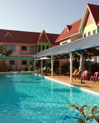 Peace Pool Resort