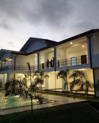 Sea Lagoon Beach Hotel