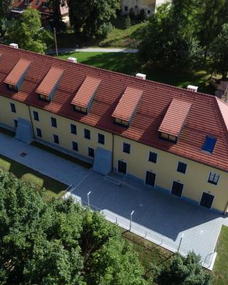 Dvorec Trebnik