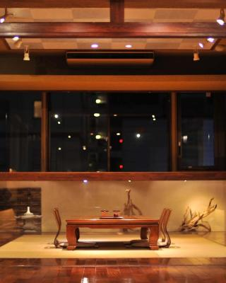 Khaosan Tokyo SAMURAI Capsule - Asakusa