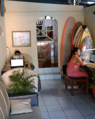 Lorena Surf Hostel