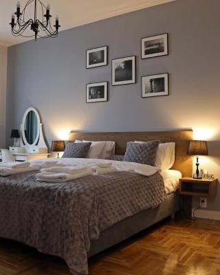 Grey Apartments Kościuszko