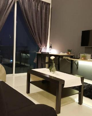 Puchong 10Pax IOI Mall Cozy Apartment Skypod
