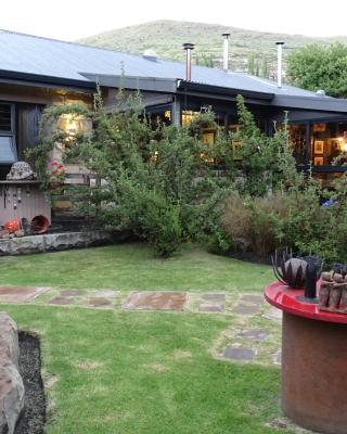 Kalm Guest House