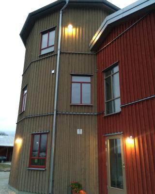 Flyingehus Gårdshotell