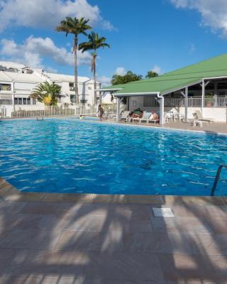 Superbe studio en duplex, vue sur mer et piscine