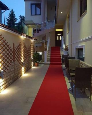 Nefeli hotel Korçë