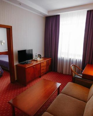 Business Hotel Neftyanik na Tolstogo