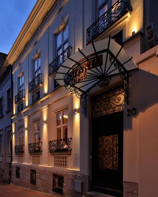 Garni Hotel Passpartù Home