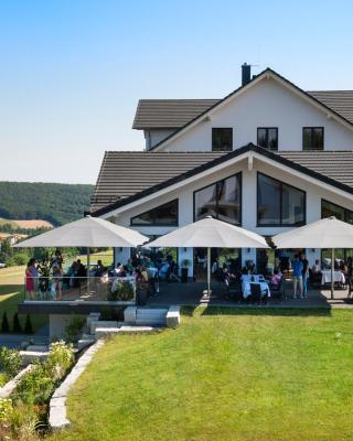 BURGHOF - DAS HOTEL
