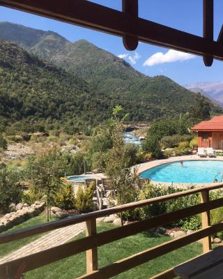 Los Quenes River Lodge