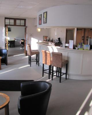 Logis Hotel Le Cerf