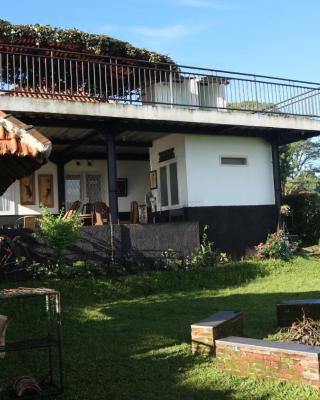 Villa 121 lembang