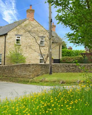 Brook Farm Cottage