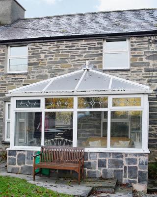 Bron Elan Cottage