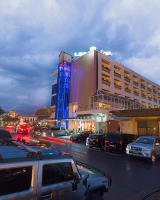 Léon Hôtel