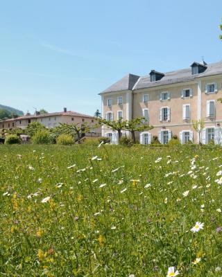 Chateau De Benac