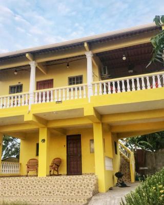 2nd floor Beach House Apartment