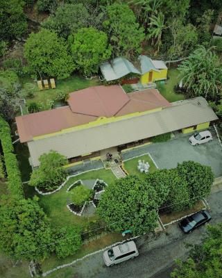 Agaseke Lodge