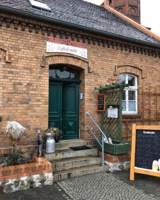 Alte Schule Café und Pension