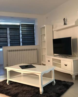 Sarah Apartments