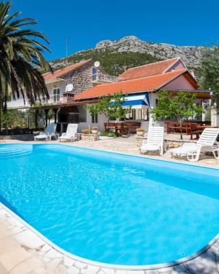 Holiday Resort Balota