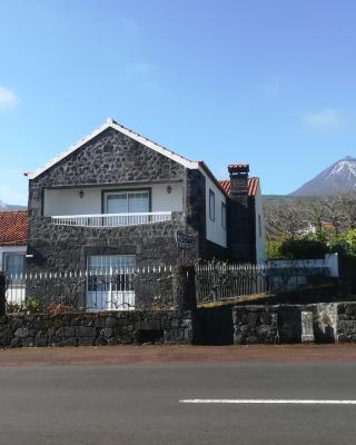 Alojamentos A Buraca