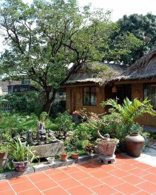 Tam Coc Palm House