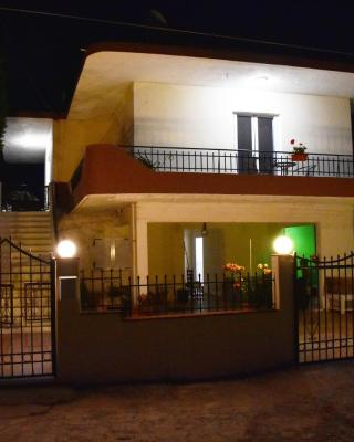 Agnoudas Guest House