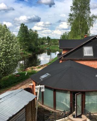 Guest house on Naberezhnaya