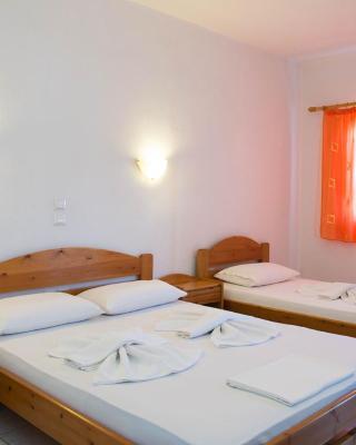 Astrofegia Rooms and Apartments