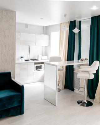 Apartments on Lezhnevskaya 122