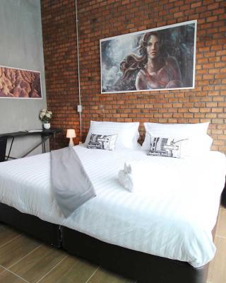 Unique Loft Apartment
