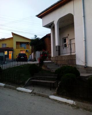 Hotel Mirage - Guest rooms Bukovlak